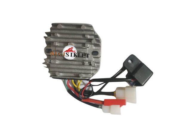 شارژر موتور پالس180 یوجی فور